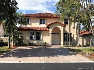 Doral Single Family Home For Sale: 10623 NW 57th St