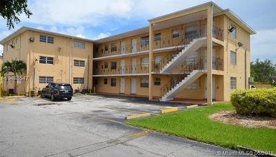 Miami Condo For Sale: 3855 SW 79th Ave #40