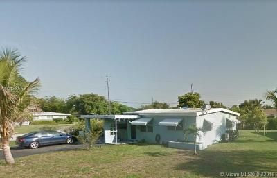 Broward County Single Family Home For Sale: 6493 SW 28th St