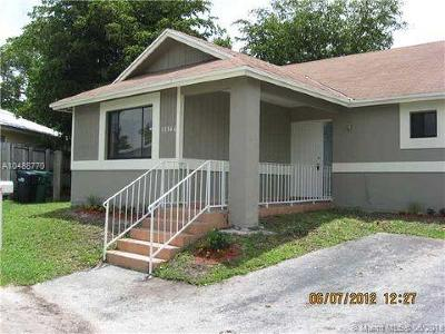 Miami-Dade County Single Family Home For Sale: 13546 SW 286 Terr