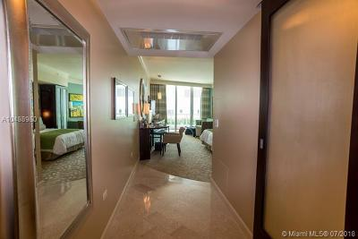 Miami-Dade County Condo For Sale: 4391 Collins Ave #616