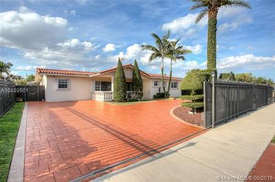 Hialeah Single Family Home For Sale: 5965 NW 113th Ter