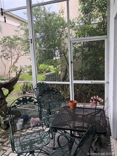 Plantation Single Family Home For Sale: 9384 NW 8th Cir
