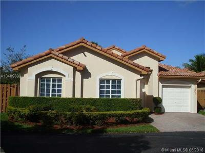 Doral Single Family Home For Sale: 11257 NW 59th Ter