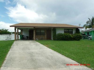 Dania Beach Single Family Home For Sale: 255 NW 12 Ct