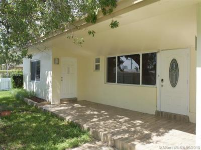 Hollywood Single Family Home For Sale: 1626 S 17th Ave