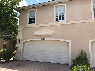 Coconut Creek Condo For Sale: 5189 Stagecoach Dr #5189