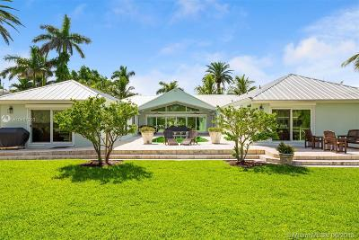 Miami Single Family Home For Sale: 7308 Belle Meade Island Dr