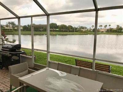 Doral Single Family Home For Sale: 6975 NW 109th Ave