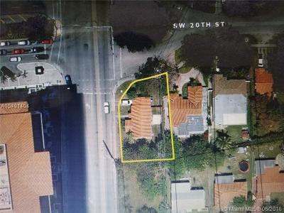 Miami Single Family Home For Sale: 2001 SW 37th Ave