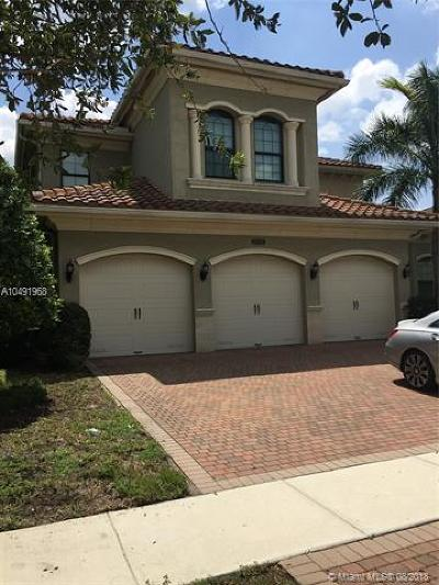 Delray Beach Single Family Home For Sale: 16574 Chesapeake Bay Ct