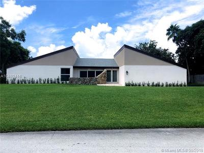 Cutler Bay Single Family Home For Sale: 8240 SW 185th St