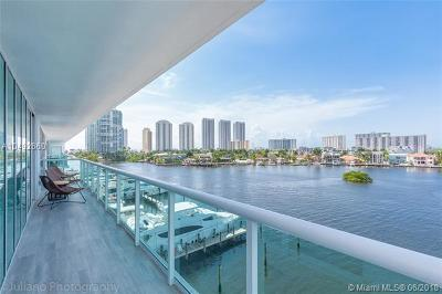 400 Sunni Isles, 400 Sunny Isle Condo, 400 Sunny Isles, 400 Sunny Isles Beach, 400 Sunny Isles Condo, 400 Sunny Isles Condo Eas, 400 Sunny Isles Condo Wes, 400 Sunny Isles Condoeast, 400 Sunny Isles East, 400 Sunny Isles West, 400 Suny Isles Condo For Sale: 400 Sunny Isles Blvd #501