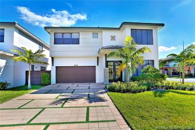 Miami Lakes Single Family Home For Sale: 15455 NW 88 Ct