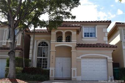 Doral Single Family Home For Sale: 6918 NW 109th Ct