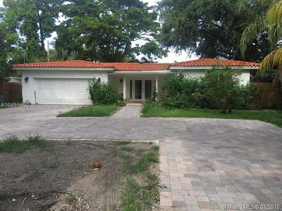 Biscayne Park Single Family Home For Sale: 11433 NE 6 Ave