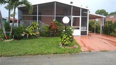Miami Gardens Single Family Home For Sale: 20003 NW 52 Ct