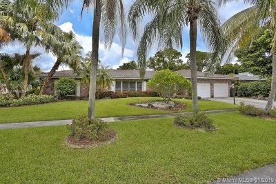 Boca Raton Single Family Home For Sale: 6767 N Grande Dr
