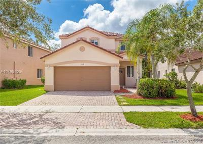 Weston Single Family Home For Sale: 1317 Majesty Ter