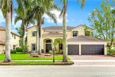 Weston Single Family Home For Sale: 809 Regal Cove Road