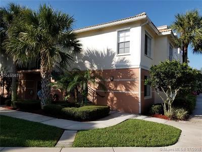 Palm Beach Gardens Condo For Sale