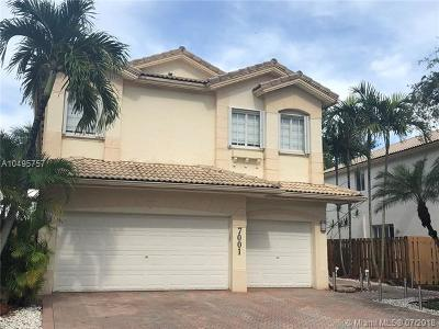 Doral Single Family Home For Sale: 7001 NW 107th Ct