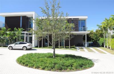 Oceana, Oceana Key Biscayne, Oceana Key Biscayne Condo Single Family Home For Sale: 105 Reef Ln
