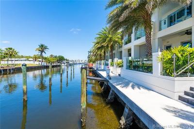 Lauderdale By The Sea Condo For Sale: 257 Shore Ct #257