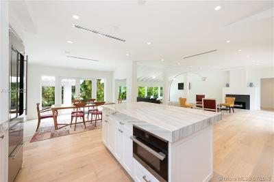 Miami Beach Single Family Home For Sale: 2545 Bay Ave