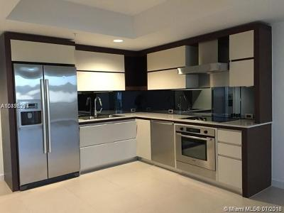 Miami Beach Condo For Sale: 2155 Washington Ct #405