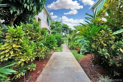 Coral Gables Condo For Sale: 30 Almeria Ave #5