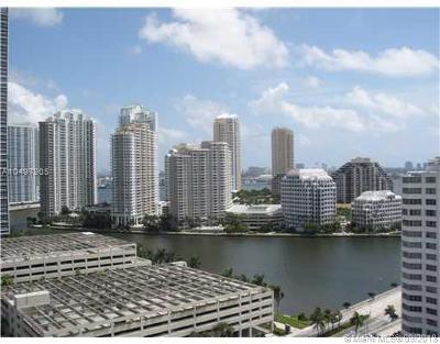 Miami Condo For Sale: 950 Brickell Bay Dr #1908
