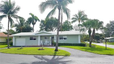 Plantation Single Family Home For Sale: 7173 E Tropical Way