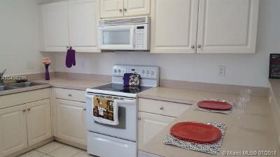 Coconut Creek Condo For Sale: 4770 NW 57th Pl #4770