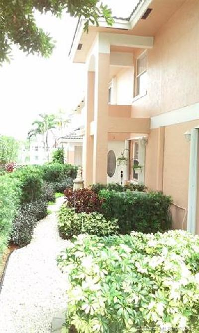 Oakland Park Condo For Sale: 3251 NW 44th St #1