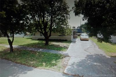 Opa-Locka Single Family Home For Sale: 13955 NW 22nd Pl