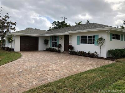 North Palm Beach Single Family Home For Sale: 742 Fairhaven Dr