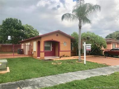 Miami FL Single Family Home For Sale: $330,000