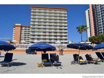 Sunny Isles Beach Condo For Sale: 19201 Collins Ave #628