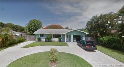 Boynton Beach Single Family Home For Sale: 3629 SE 2nd St