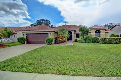 Plantation Single Family Home For Sale: 1101 NW 101st Way