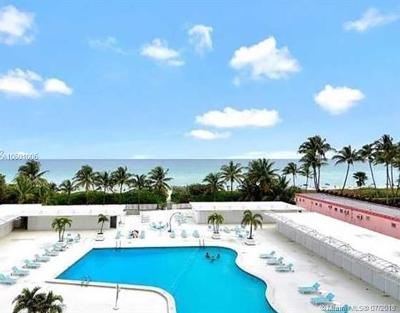 Miami Beach Condo For Sale: 5255 Collins Ave #CU28