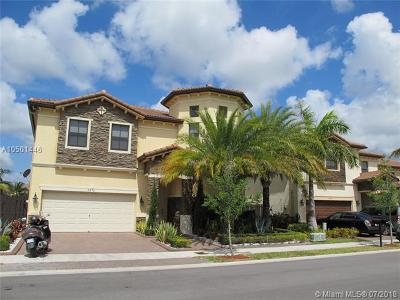 Doral Single Family Home For Sale: 8870 NW 98th Ct