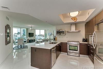 Sunny Isles Beach Condo For Sale: 150 Sunny Isles Bl #1-606