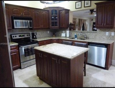 Single Family Home For Sale: 5863 SW 42nd St