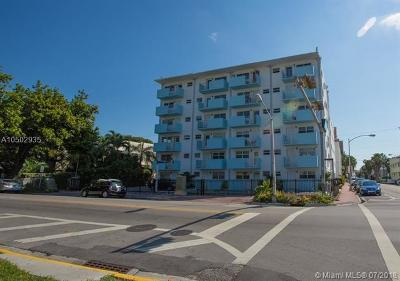 Miami Beach Condo For Sale: 801 Meridian Ave #1C