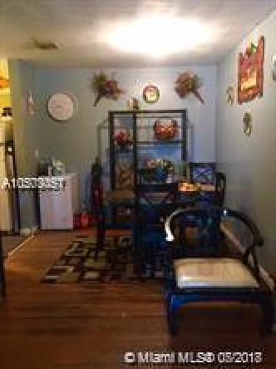 Miami-Dade County Single Family Home For Sale: 437 NW 11