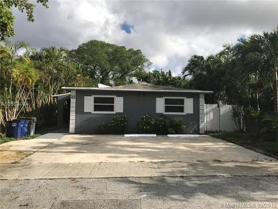 Hallandale Single Family Home For Sale: 22 SW 8th St