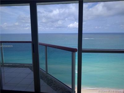 Miami Beach Condo For Sale: 6767 Collins Ave #2009