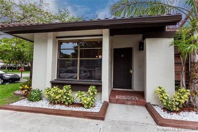 Miami Condo For Sale: 13255 SW 111th Ter #27-1